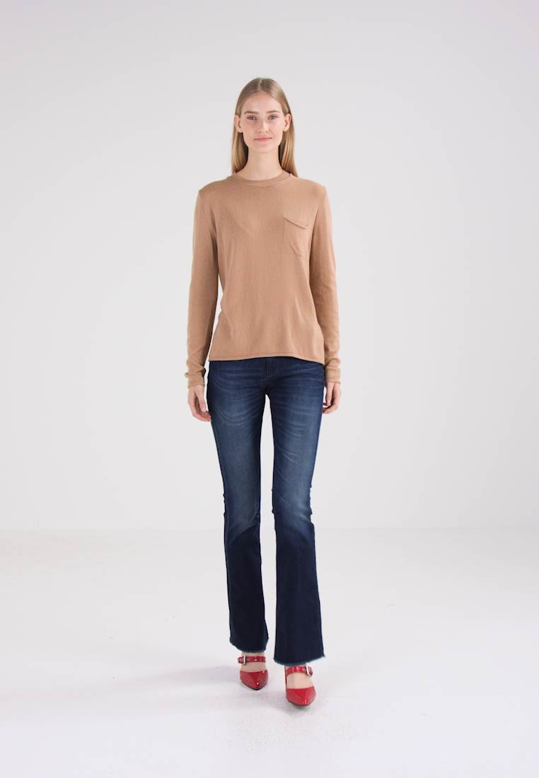 Benetton Jumper - camel
