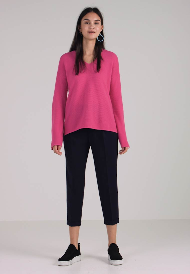 Hot Jumper Neck Fit Relaxed Pink Benetton V gq0WR