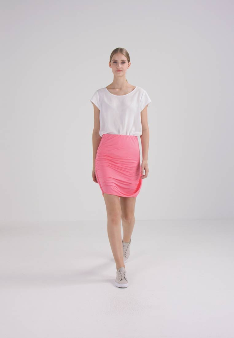 Bench DRAPED SKIRT - Miniskjørt - strawberry pink