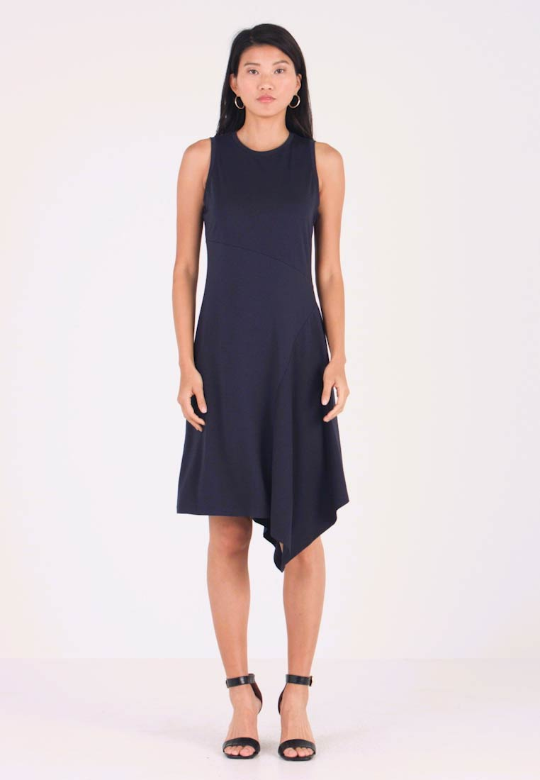 Banana Republic - ASYM HEM SOLID - Freizeitkleid - preppy navy
