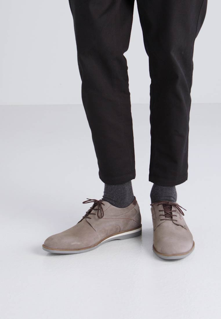 Bullboxer Zapatos de vestir grey/dark brown