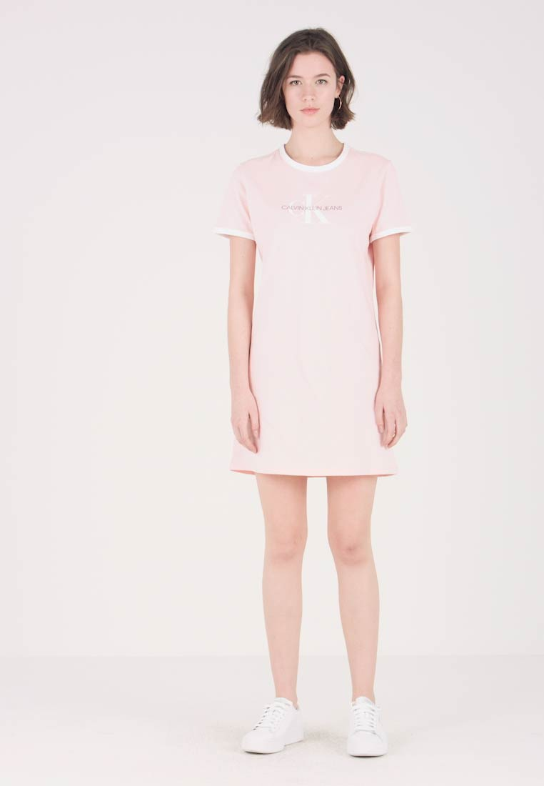 Calvin Klein Jeans - MONOGRAM RINGER DRESS - Jersey dress - strawberry cream/white