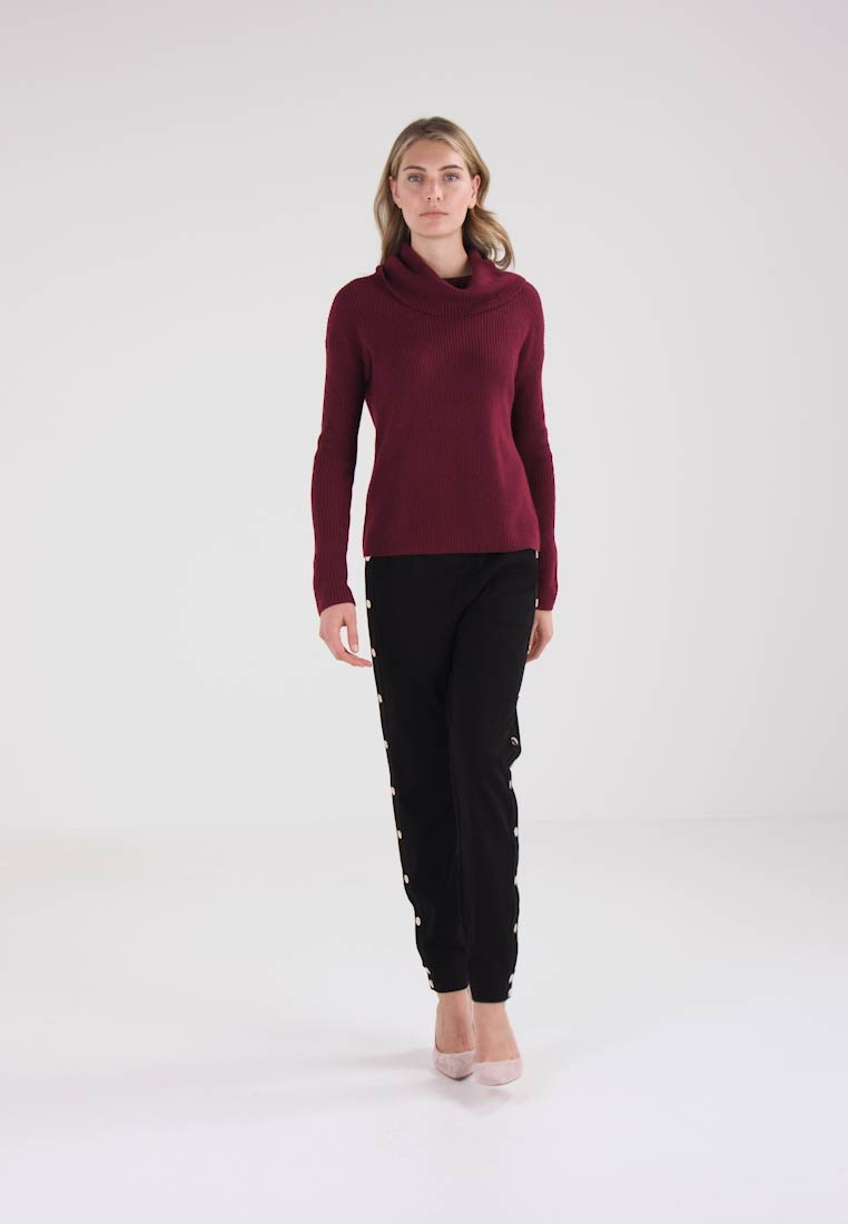 Maglione brombeer