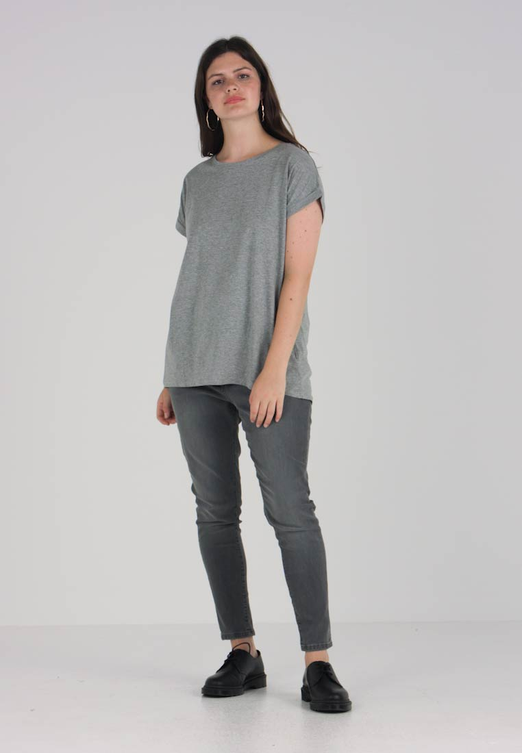 2 Basic Black Pack Be shirt T Simply Capsule grey Boyfriend By OqgP1P