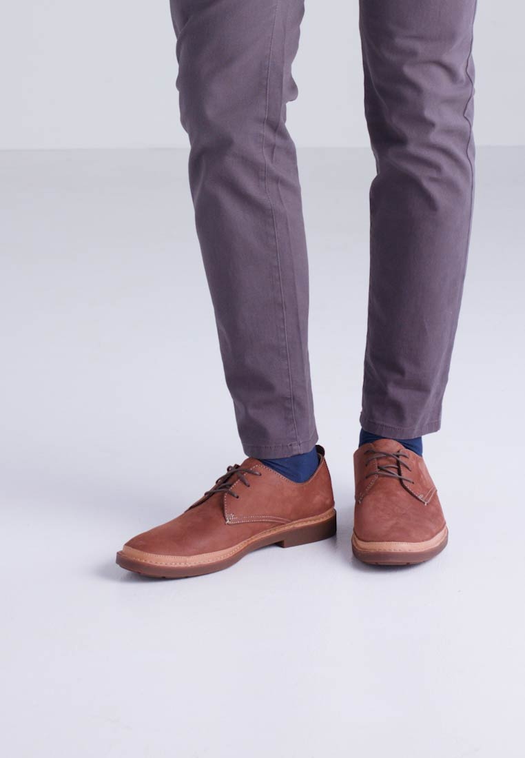 TRACE TAILOR - Schnürer - brown DEuEK