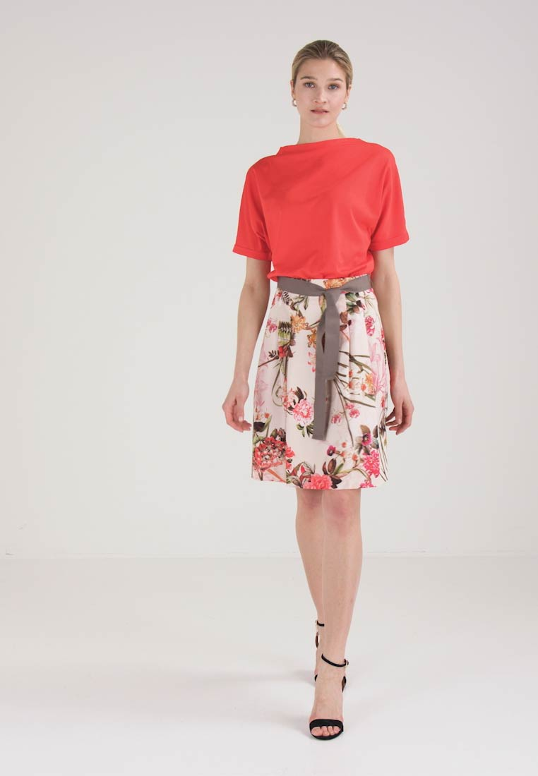 Rose A line Skirt Comma Recommend xSAqZw76cI