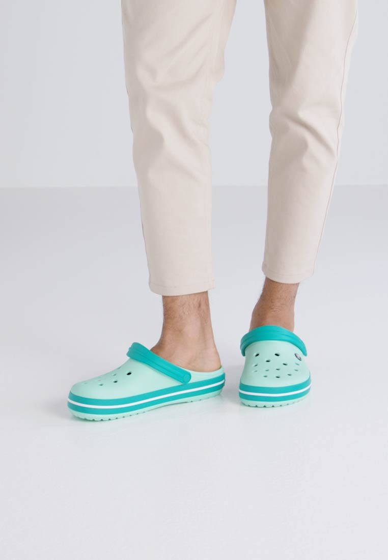 Crocs CROCBAND - Chanclas de baño new mint/tropical teal