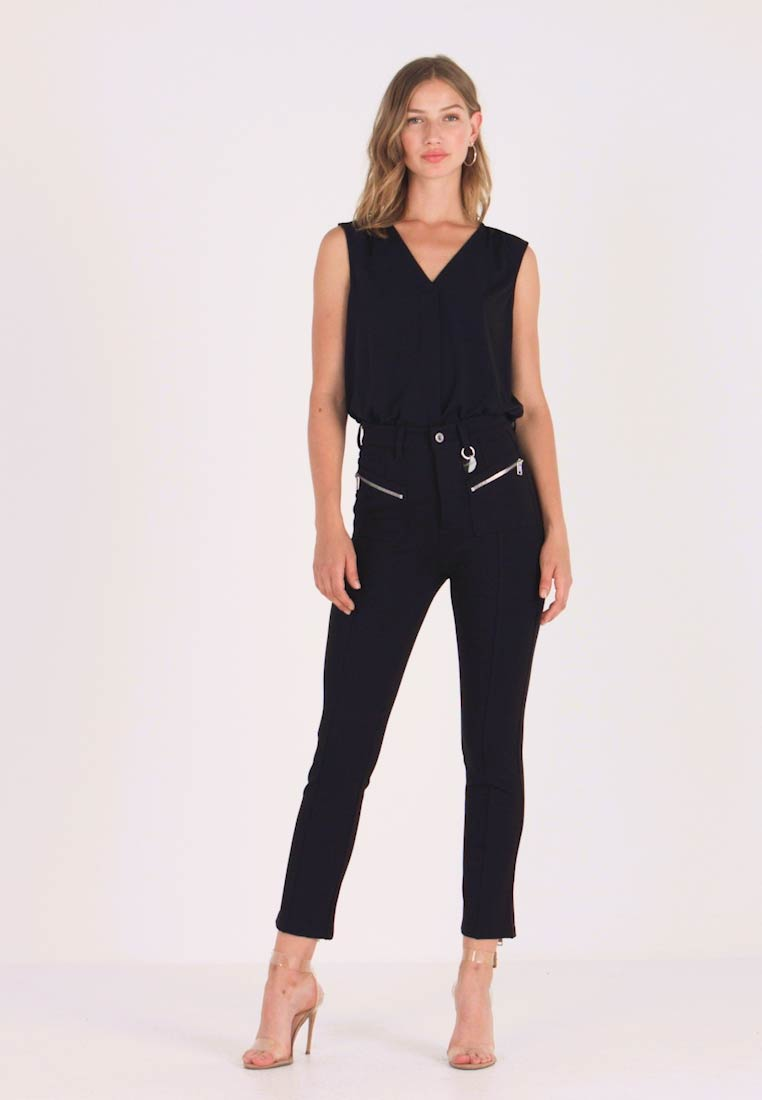 Diesel - P-NIKIA - Trousers - black