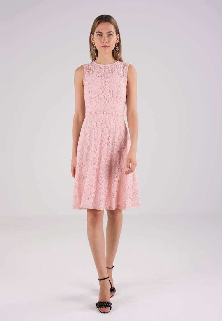 Dorothy Perkins FIT AND FLARE DRESS - Robe de soirée - blush