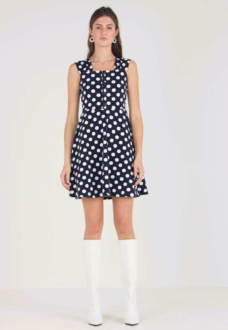 d246a300e Dorothy Perkins - RUCHED STRAP SPOT FIT AND FLARE - Vestido ligero - navy