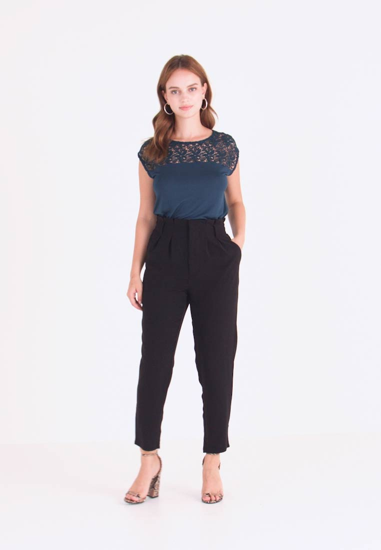 Even&Odd Petite - Trousers - black