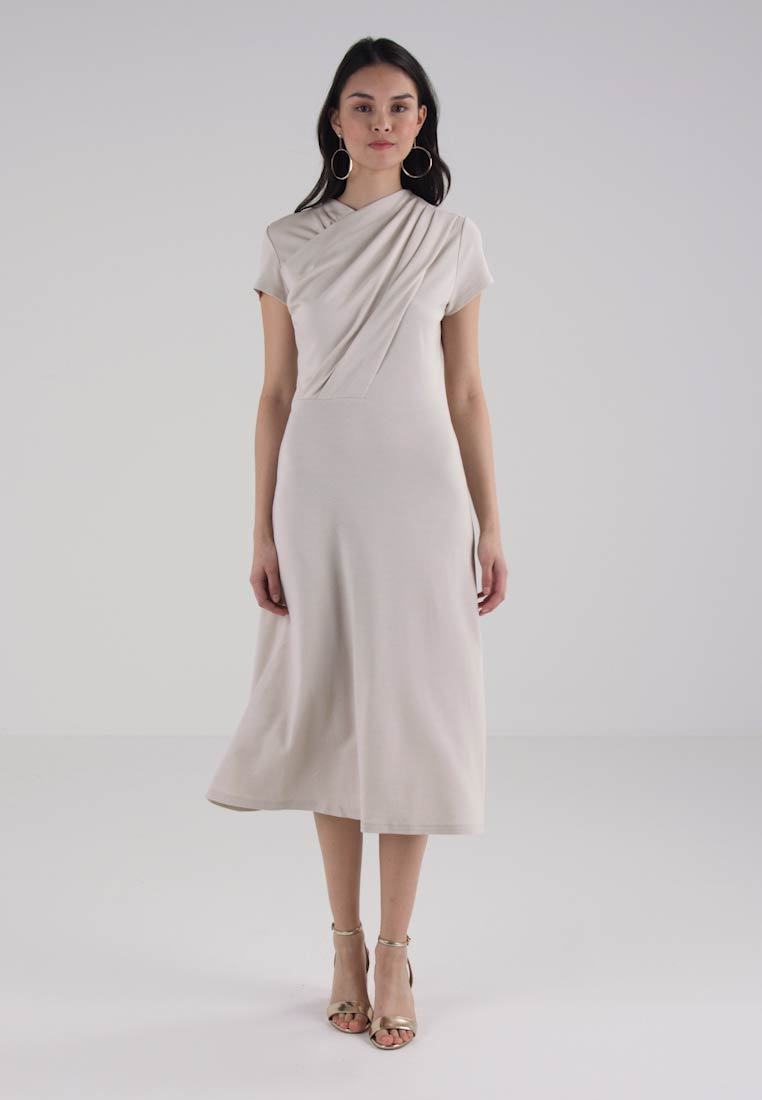 Finery London PENTONVILLE TWIST FRONT DRESS - Robe en jersey - stone