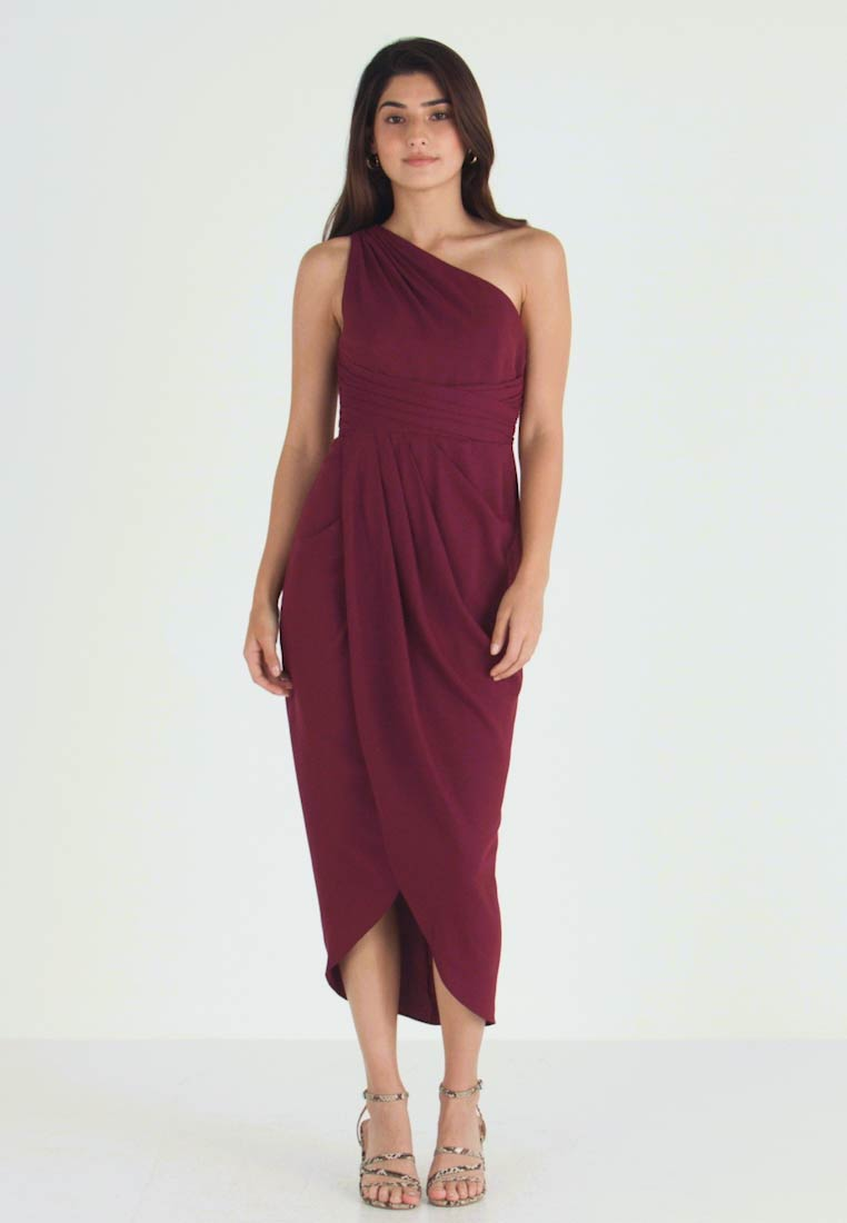 Forever New Petite - MANDY ONE SHOULDER DRAPE DRESS - Cocktailkjoler / festkjoler - red shiraz