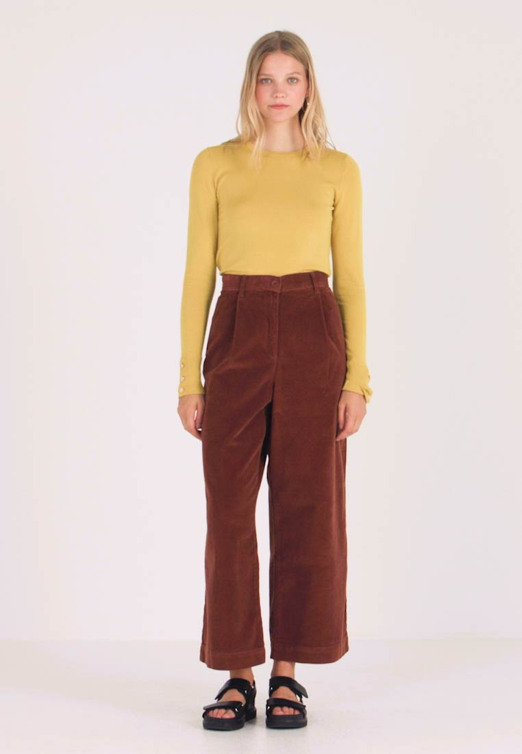French Connection - MANZU WIDE LEG TROUSERS - Bukse - casablanca