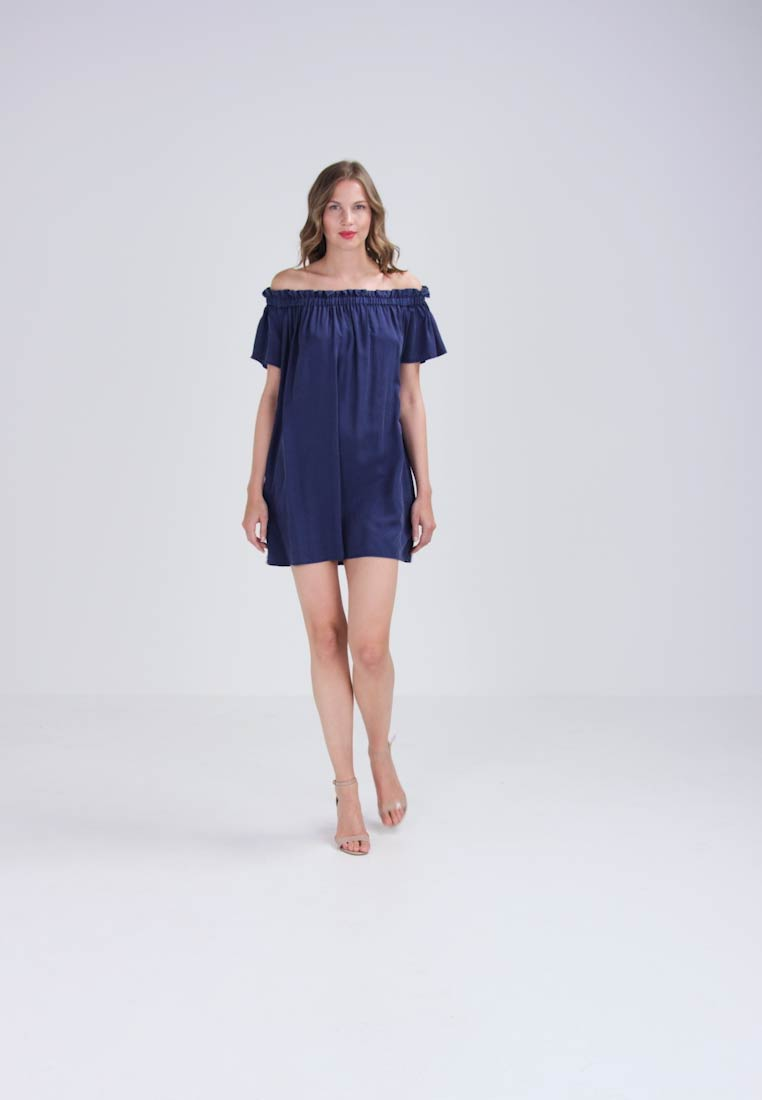 French Connection STAYTON RUFFLE OFF SHOULDER - Korte jurk