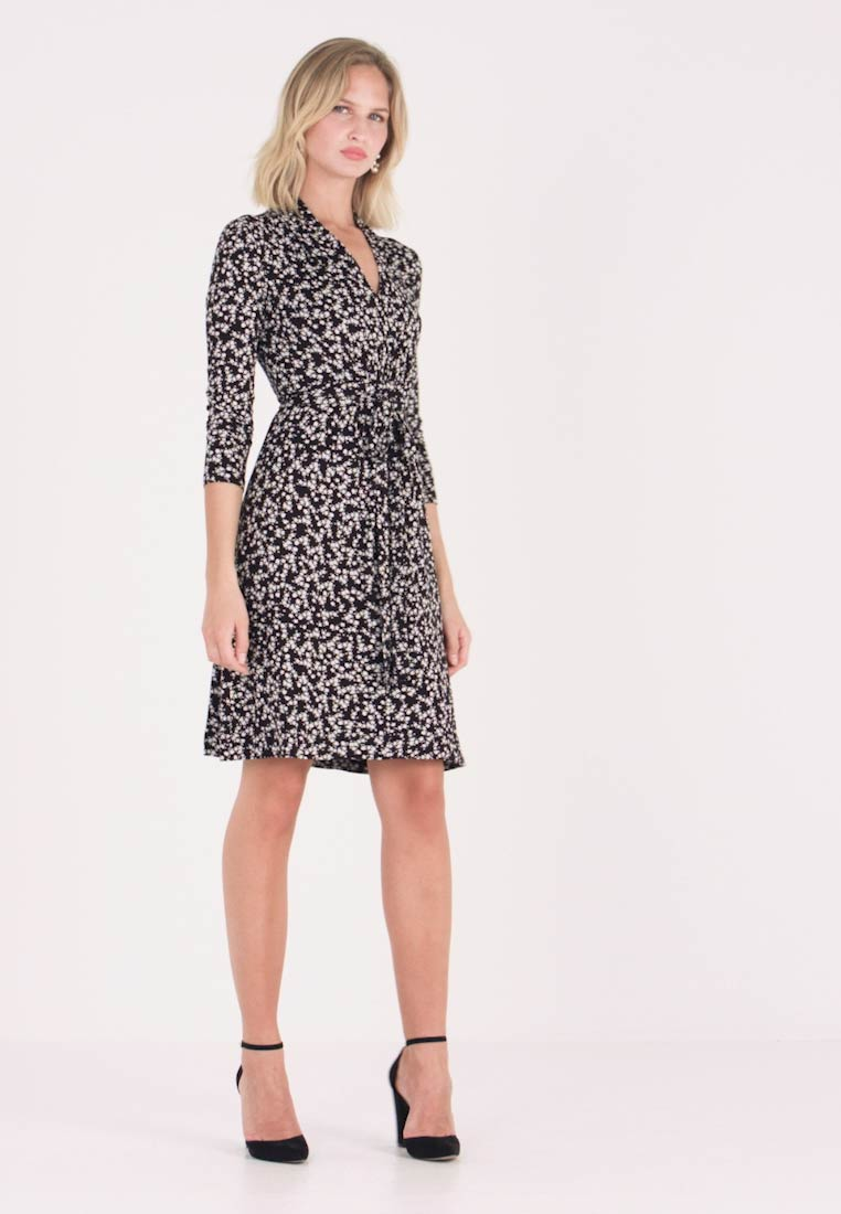 French Connection - ANGELINA MEADOW V NECK DRESS - Robe en jersey - black/white