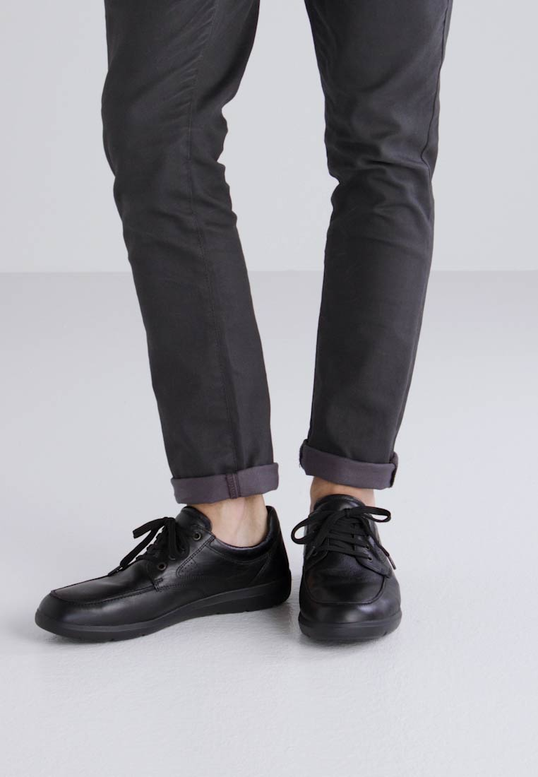 Geox LEITAN - Derbies noir