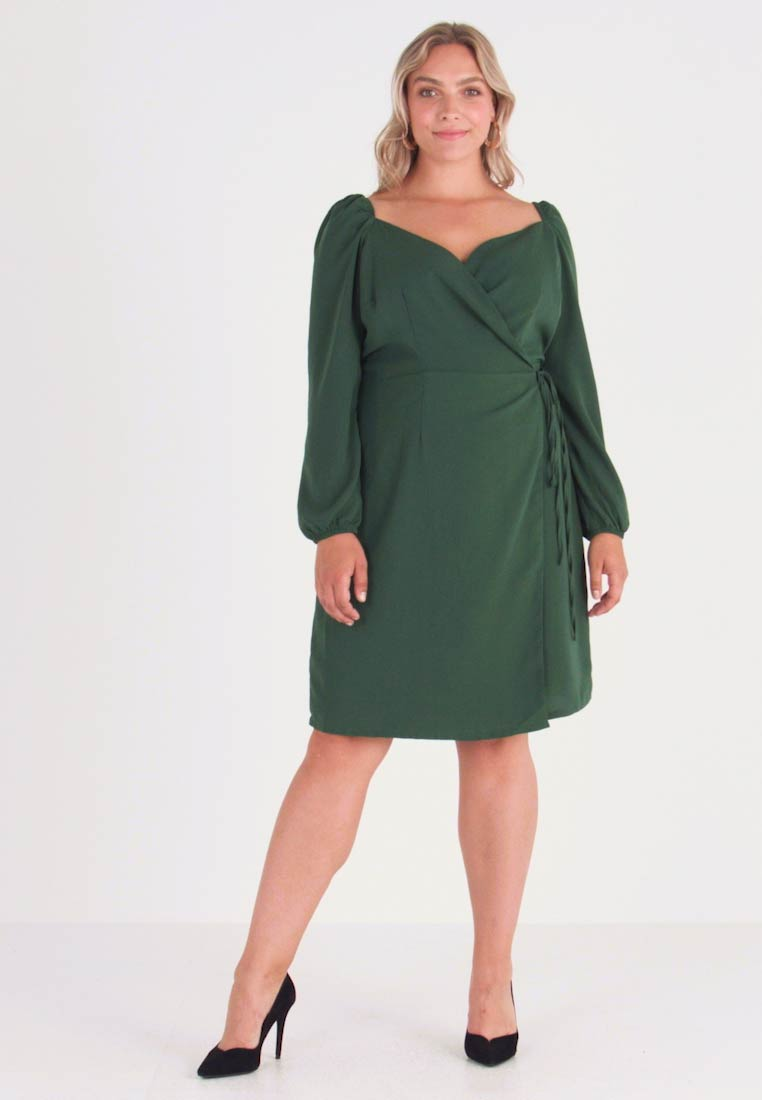 Glamorous Curve - WRAP DRESS - Denní šaty - dark green
