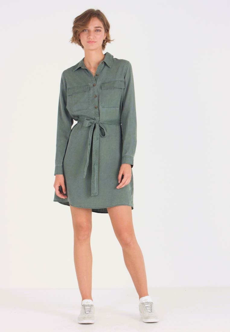 GAP - Freizeitkleid - new vintage green