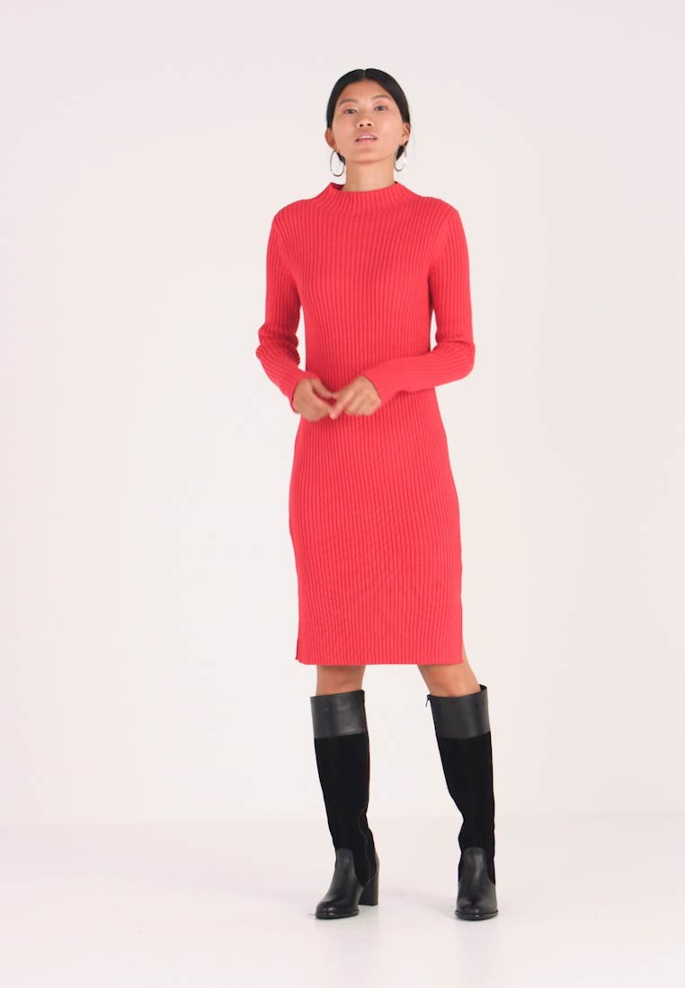 GAP - MOCK - Etuikleid - modern red