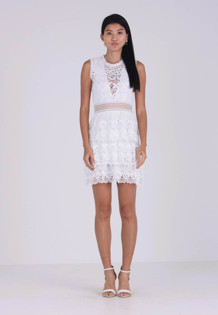 c90b440af Guess GEN DRESS - Cocktail dress   Party dress - true white ...