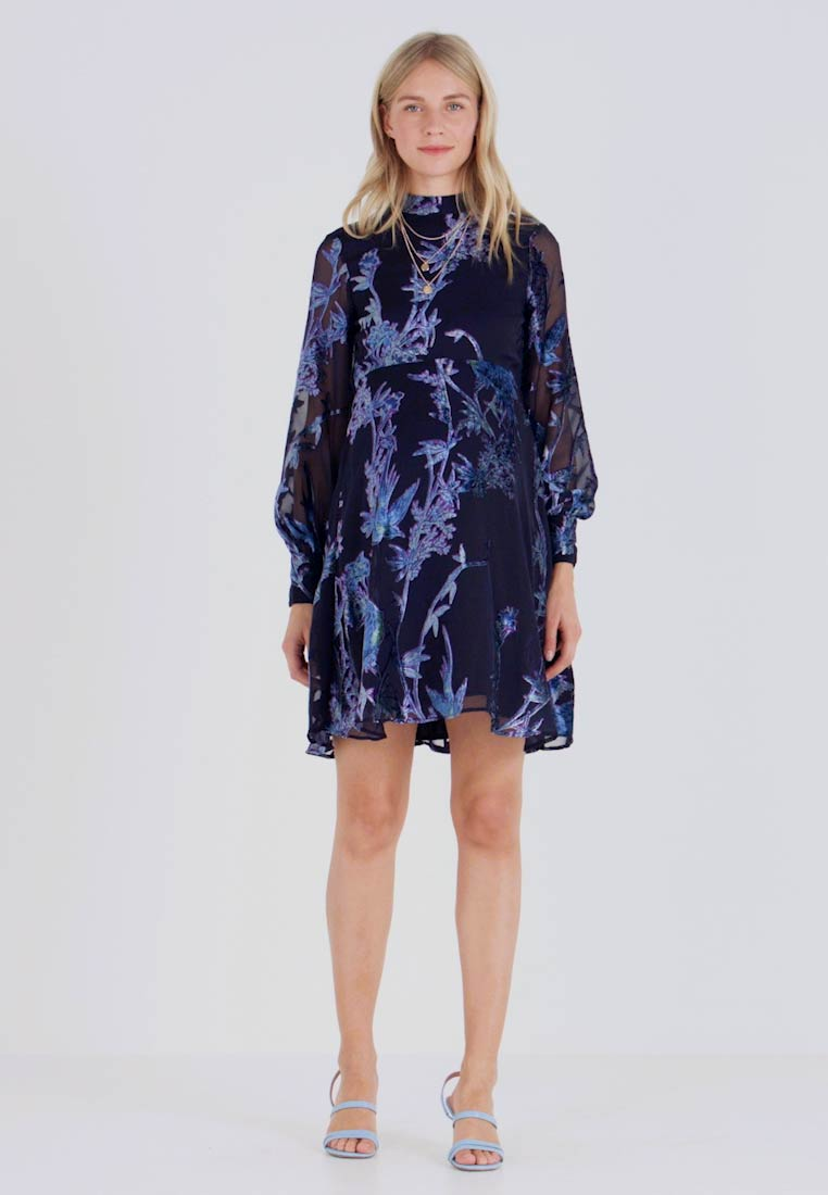 Hope & Ivy Maternity - BLOUSON SLEEVE SKATER DRESS WITH BOW BACK - Cocktail dress / Party dress - navy blue