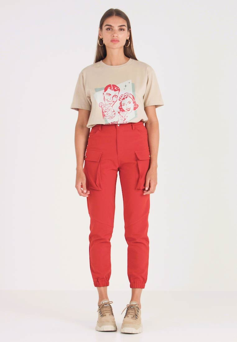 Honey Punch - CARGO TROUSERS - Pantalones - rust