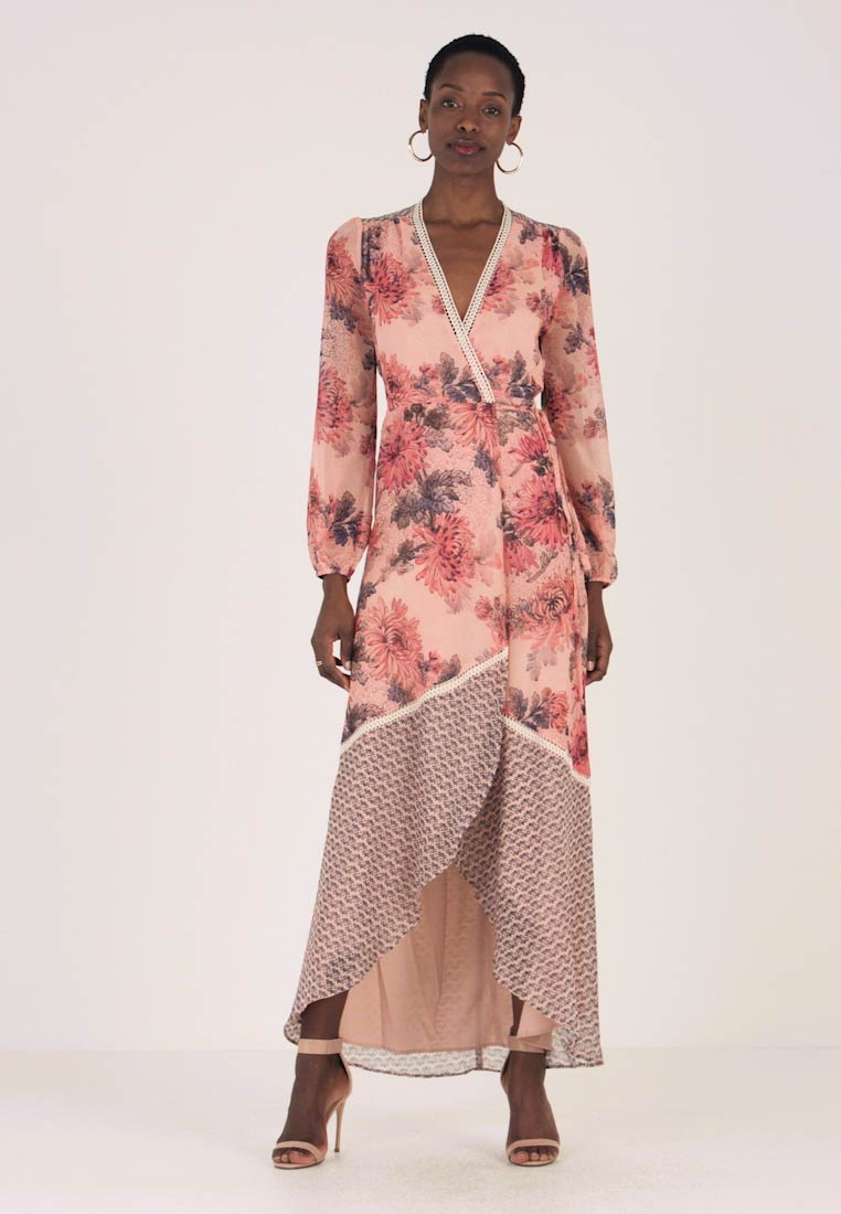Hope & Ivy - CONTRAST PRINT LONG SLEEVE WRAP - Maxikleid - blush