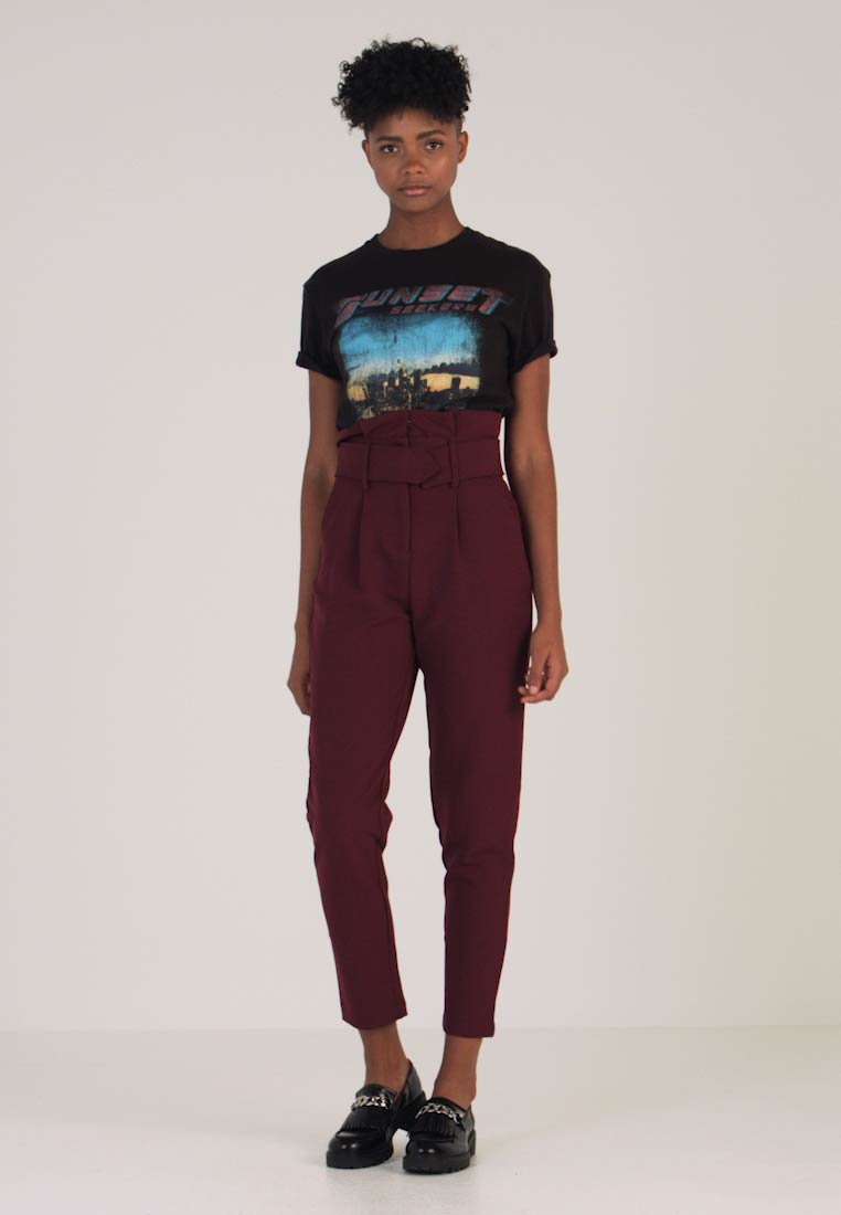 Lost Ink - TAILORED PEG TROUSER - Stoffhose - burgundy