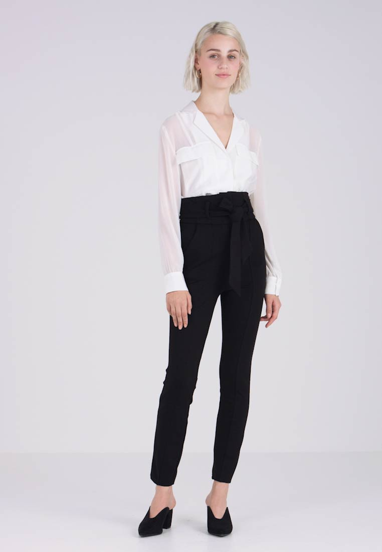 Lost Ink - HIGH WAIST TROUSERS WITH BELT - Trousers - black