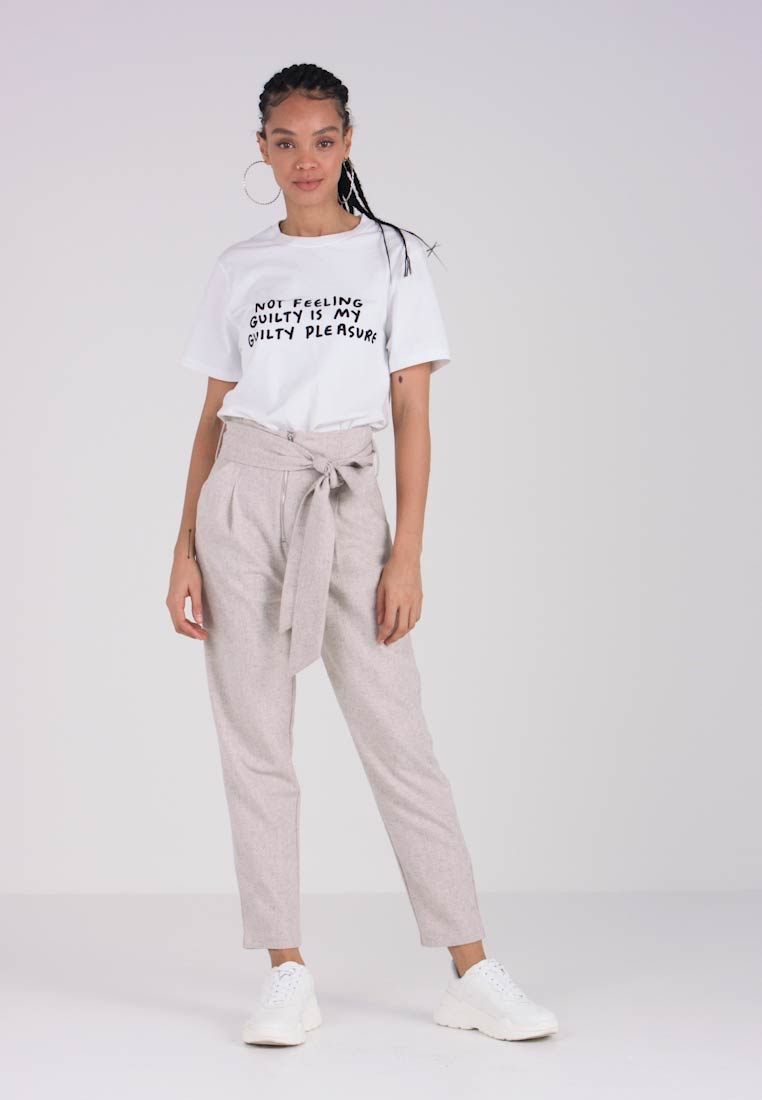 Lost Ink - TROUSER WITH ZIP FRONT AND TIE WAIST - Stoffhose - beige