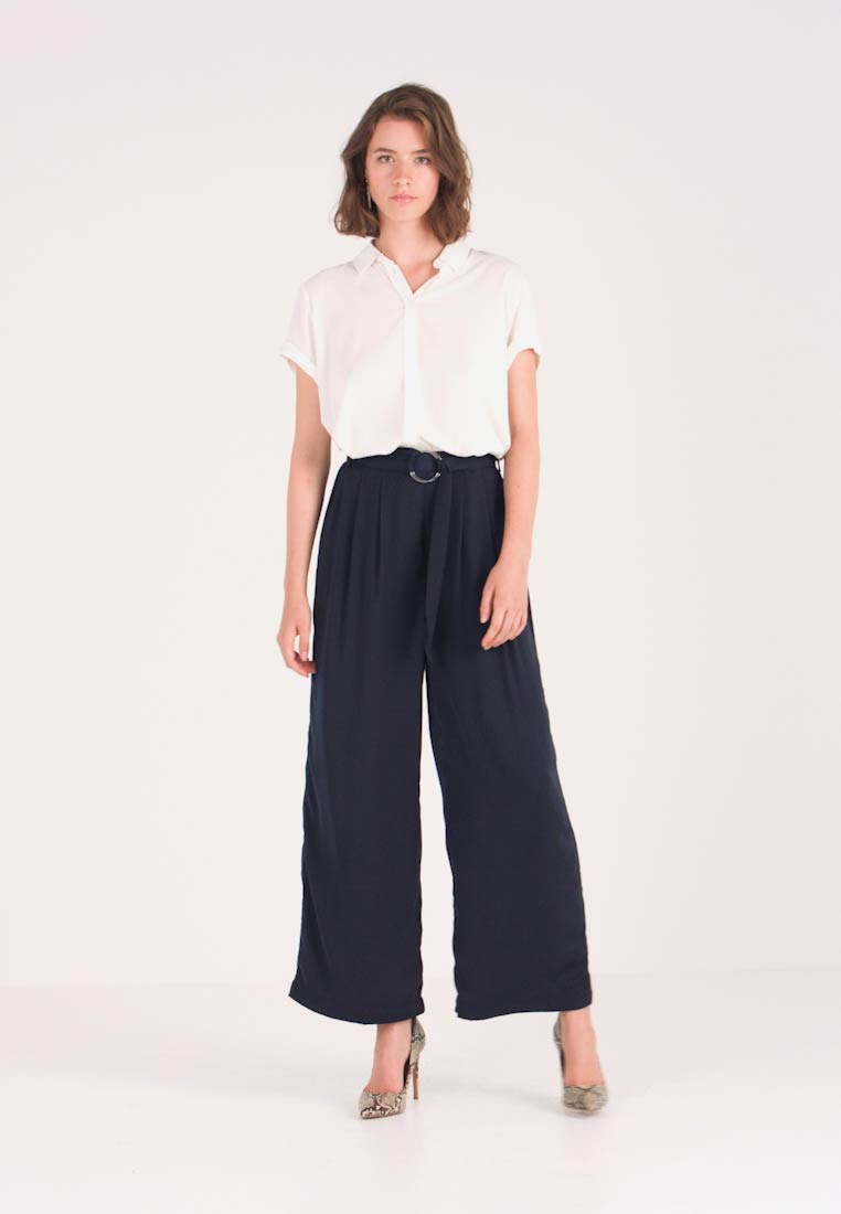 Love Copenhagen - SADIE PANTS - Pantalones - captain navy