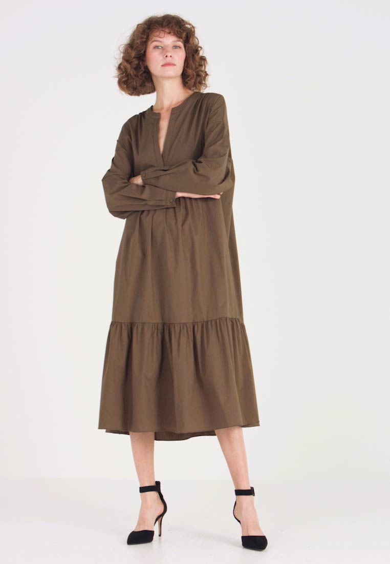Love Copenhagen - KRISTINE POPLIN DRESS - Day dress - army green