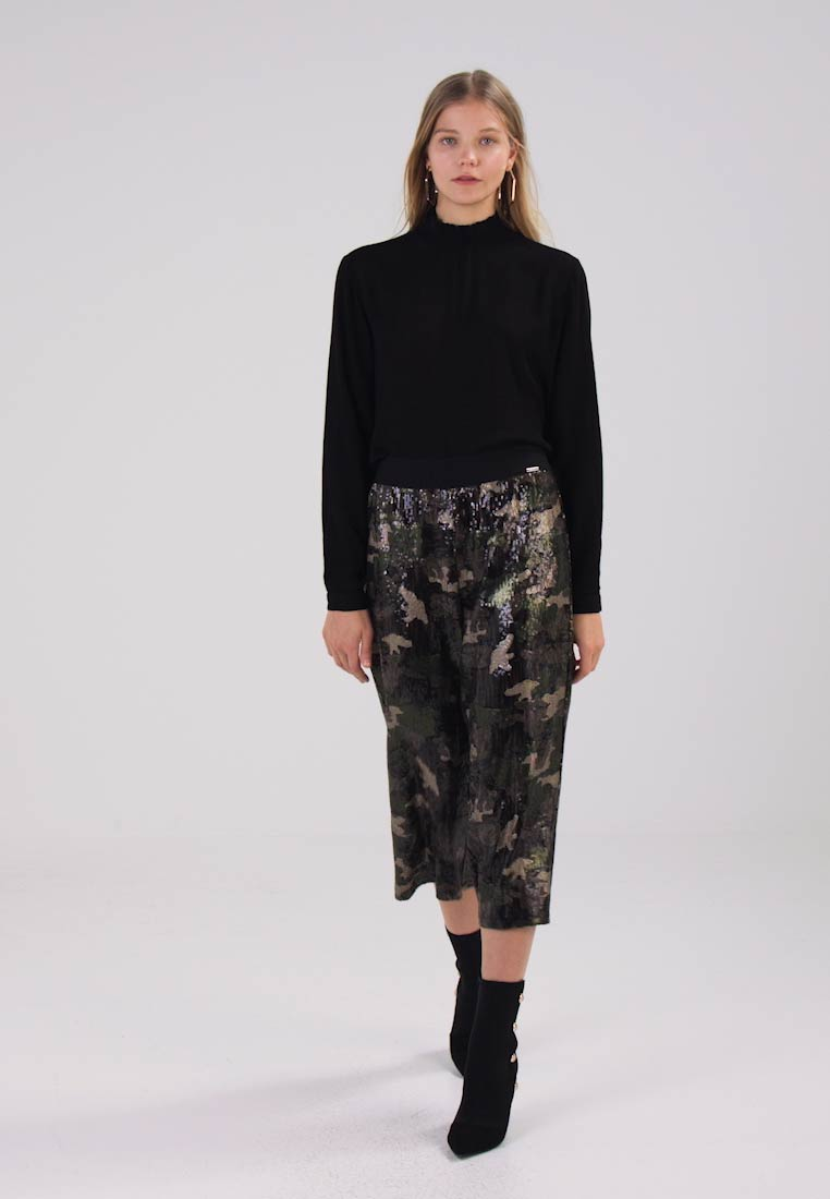Liu Jo Jeans LUNGO DUET - Shorts camouflage