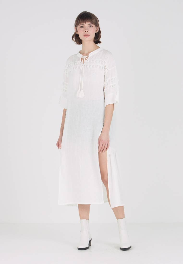 Levi's® Made & Crafted - TASSEL DRESS - Maxi dress - bright white