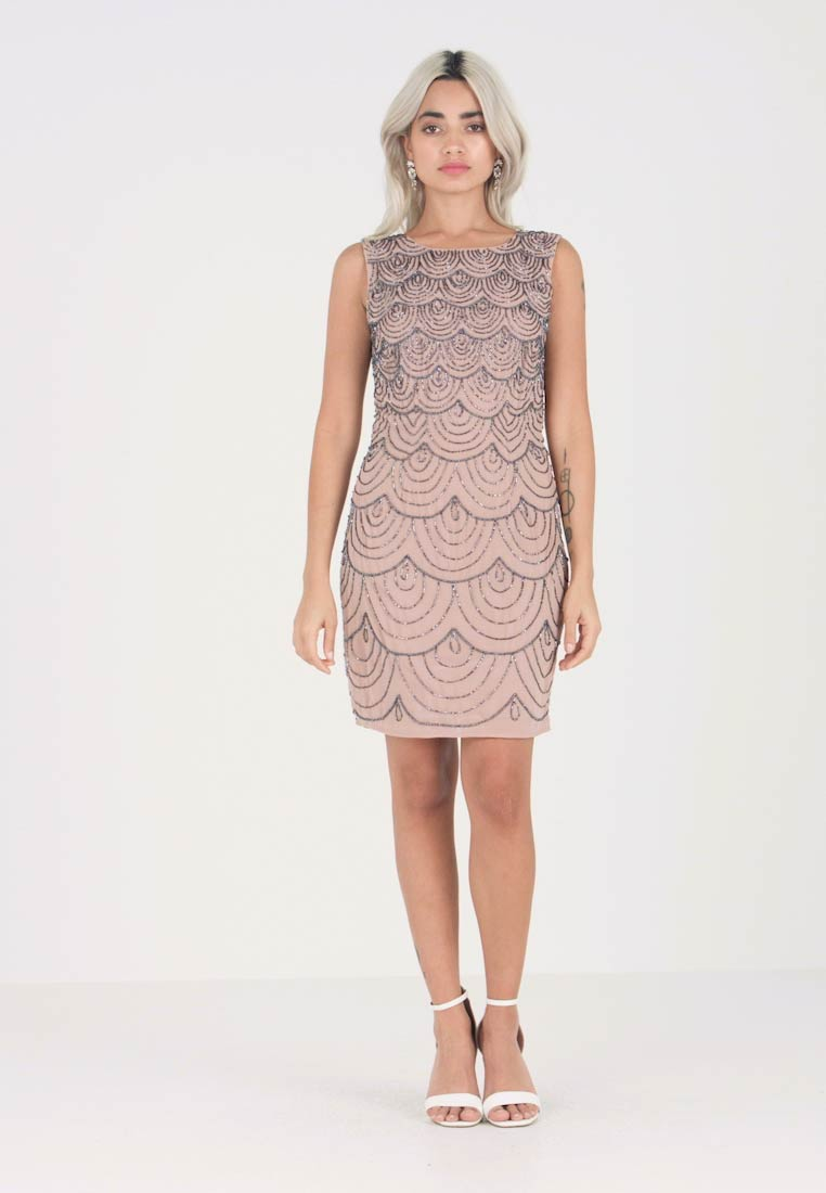 Lace & Beads Petite - KATHLYN DRESS - Cocktailjurk - nude