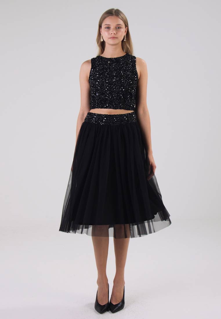 Lace & Beads PICASSO - Topper black