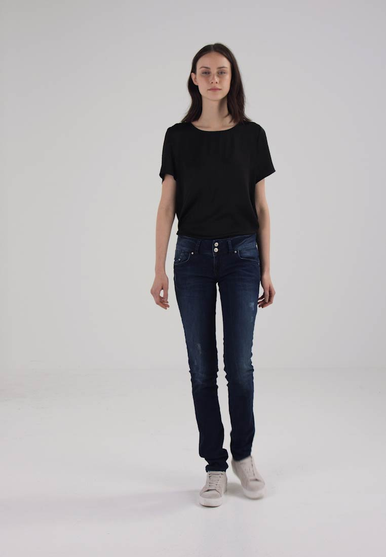 LTB MOLLY - Slim fit jeans hilla wash