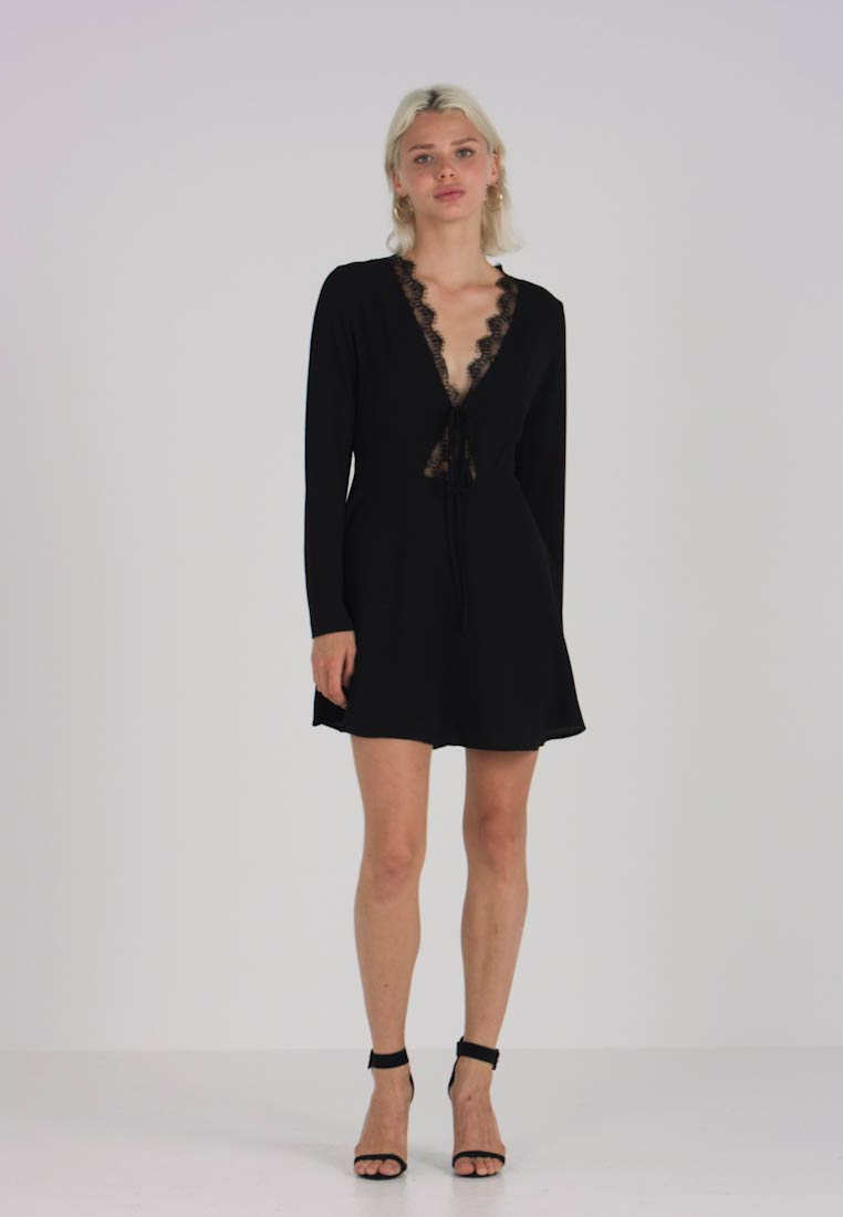Cocktailkjole DRESS LONG TRIM Missguided SLEEVE SKATER Pq7gpy0w