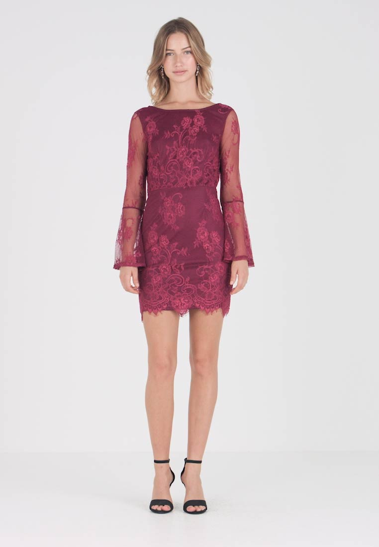 Missguided - OPEN BACK FLARED SLEEVE MINI - Vestido de cóctel - burgundy