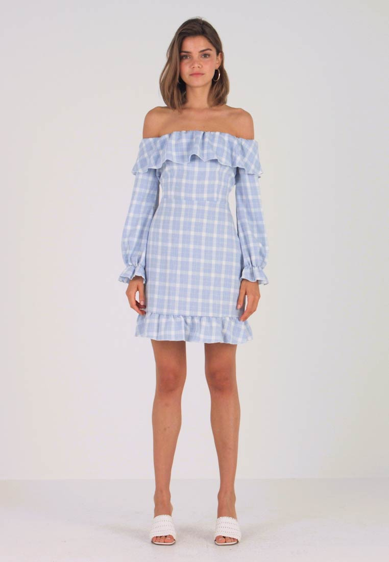 Missguided - GINGHAM BARDOT FRILL DRESS - Freizeitkleid - blue