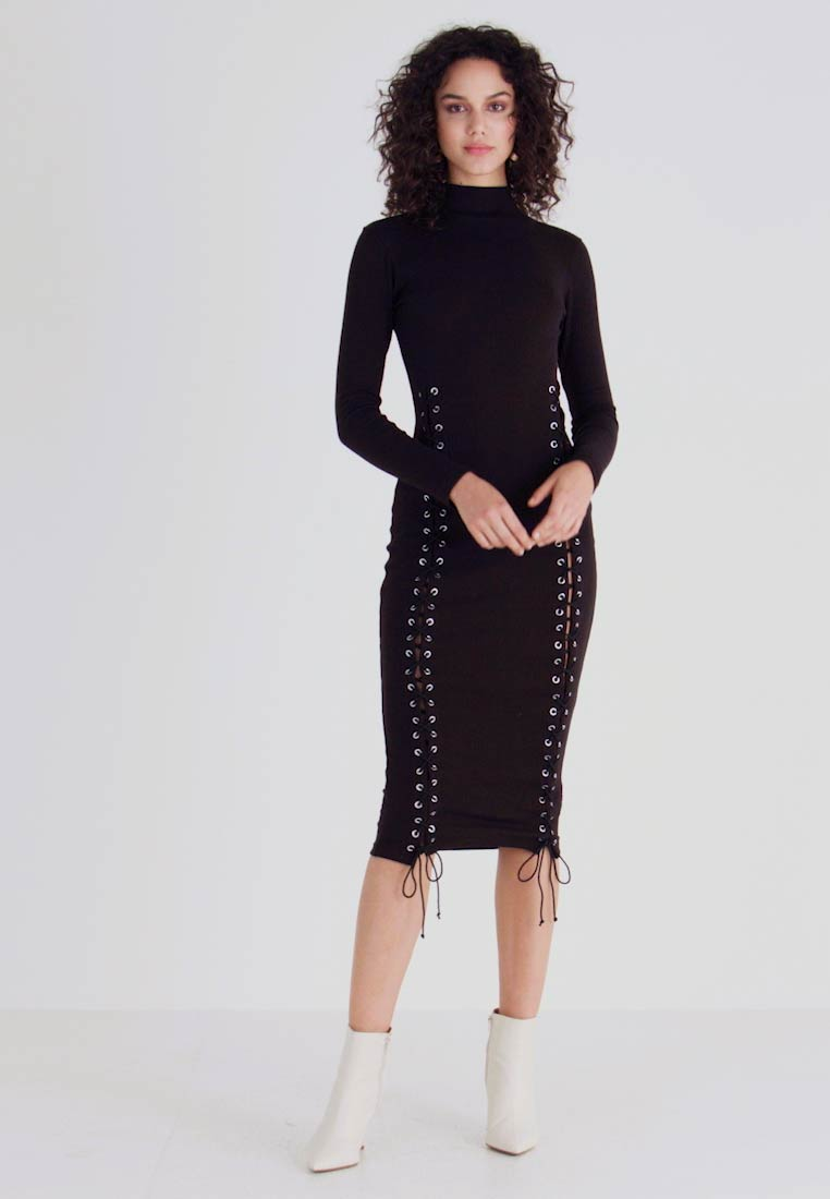Missguided - HIGH NECK EYELET MIDAXI DRESS - Shift dress - black