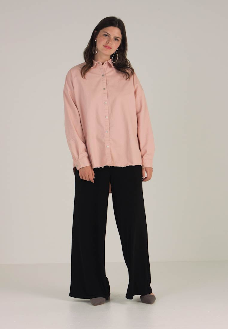 Pink Missguided Plus Women's Plus Missguided Shirt 6XdXqw