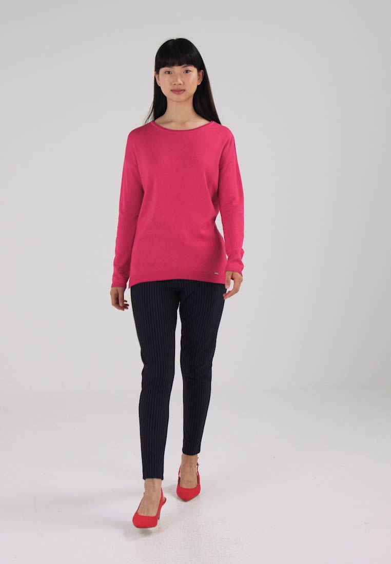 More & More Jumper - bright pink
