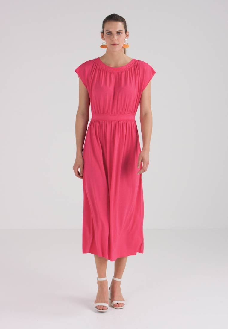 Marc O Polo DRESS OVERCUT SHOULDER - Maxi dress - prominent pink -  Zalando.co.uk e8ec6d6e4b