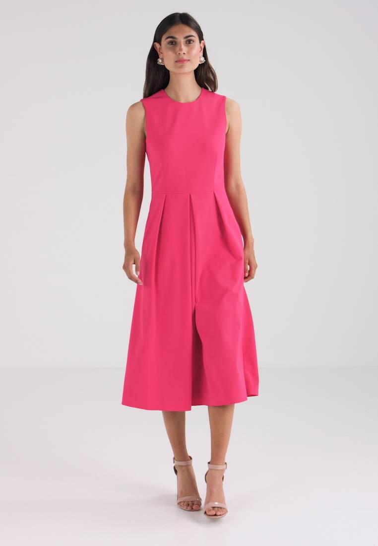 Marc O Polo DRESS MODERN STYLE PLEATS - Jersey dress - prominent pink -  Zalando.co.uk 2d9c0f3ab2