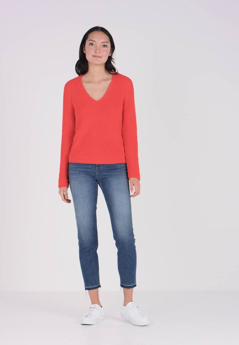 Marc O'Polo - V NECK LONG SLEEVE - Sweter - strong scarlet