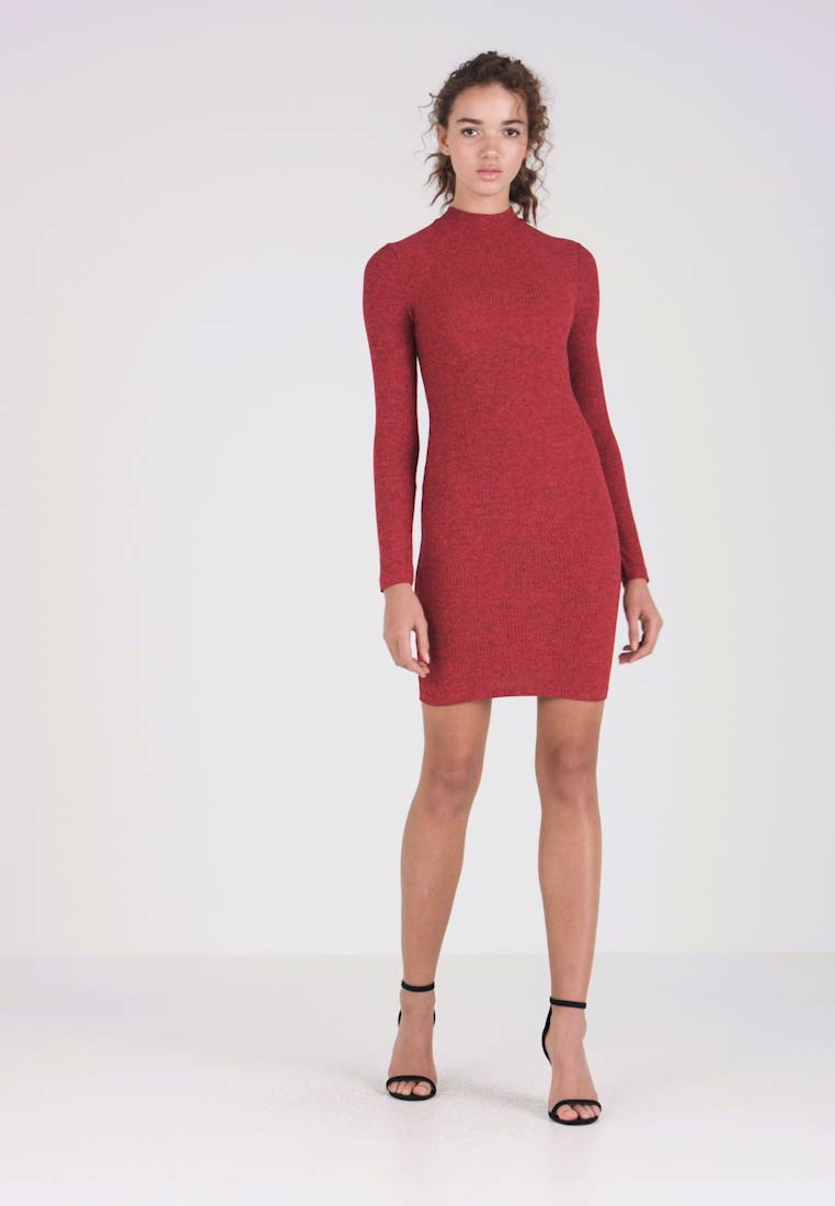 Miss Selfridge - HIGH NECK MINI DRESS - Gebreide jurk - red