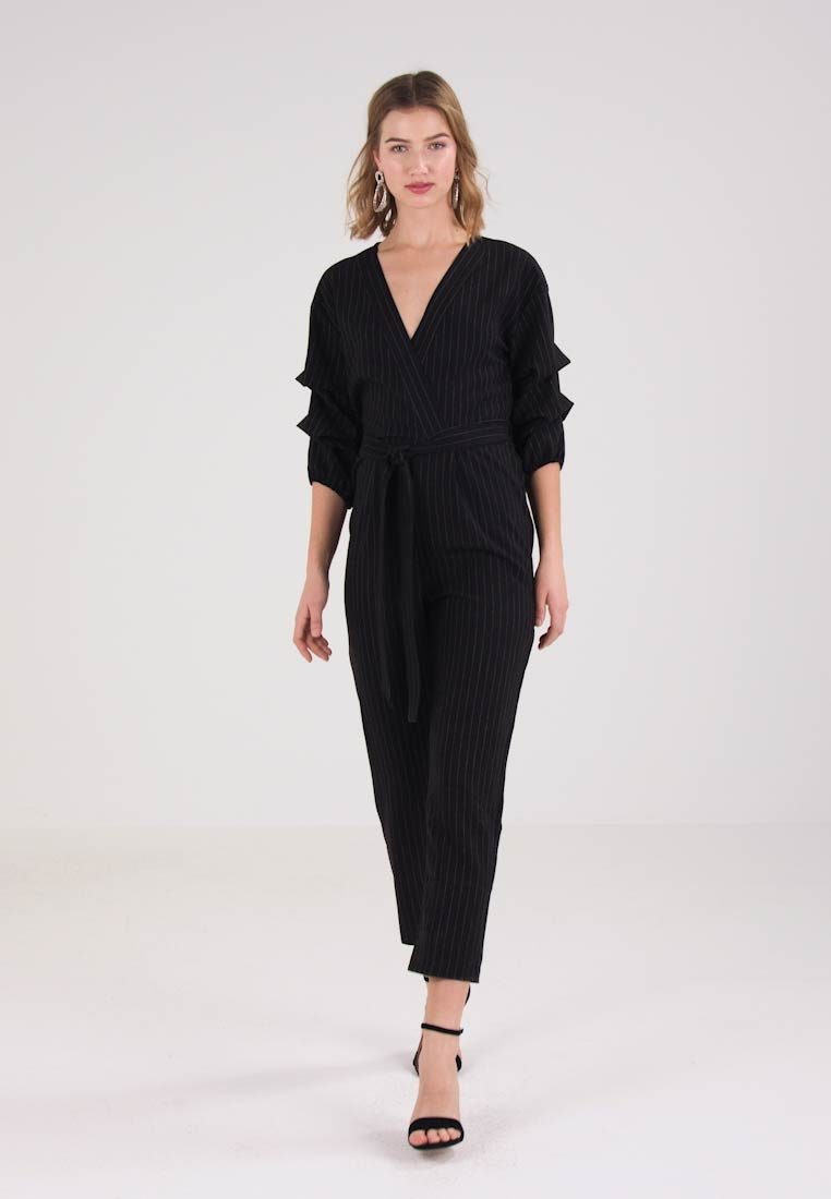 Miss Selfridge PINSTRIPE SLEEVE DETAIL - Jumpsuit