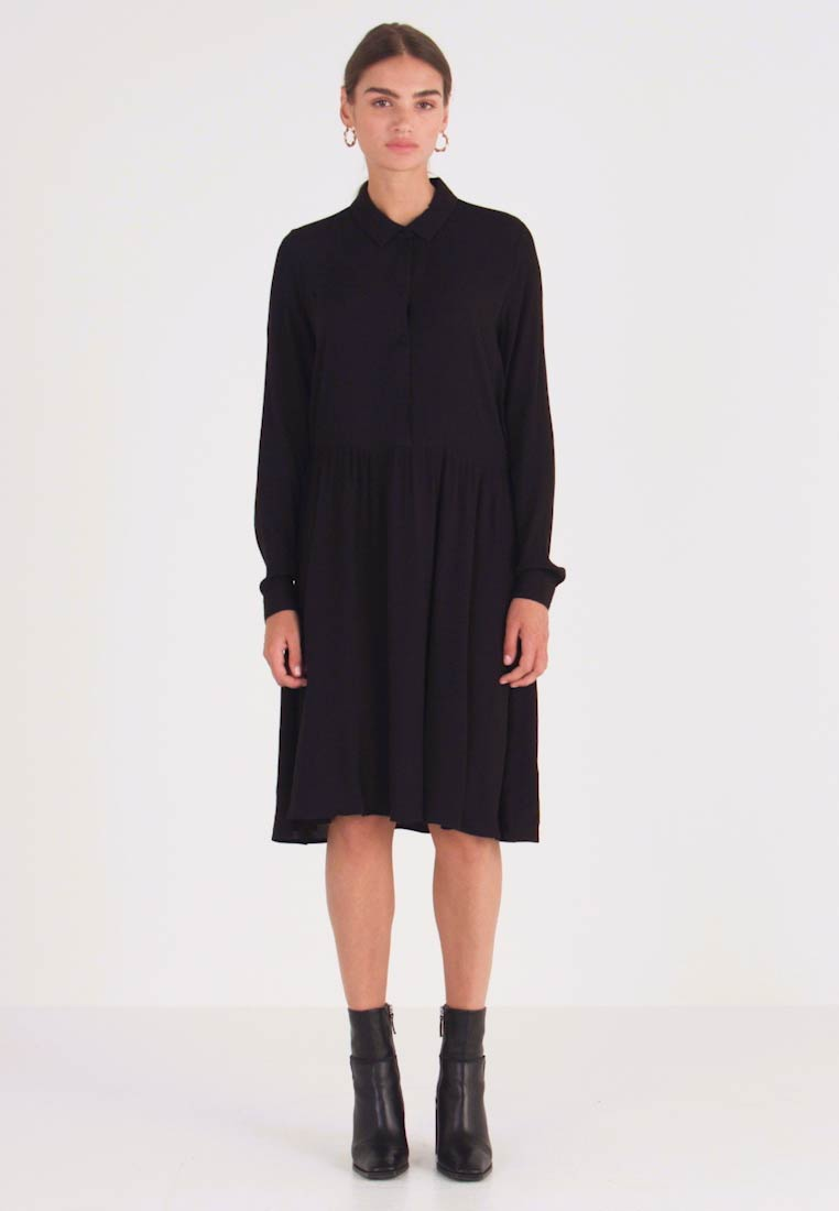 Minimum - BINDIE - Shirt dress - black
